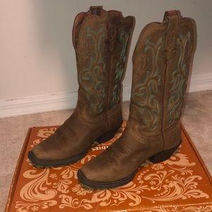 Justin boots, worn twice!
